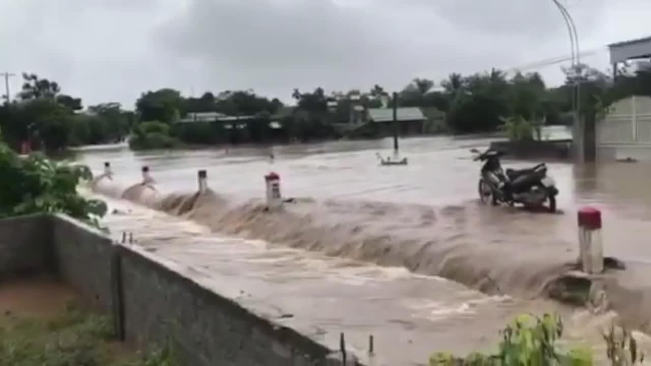 Dân sinh - Nghệ An: Một người mất tích, hàng trăm ngôi nhà bị ngập do mưa lớn