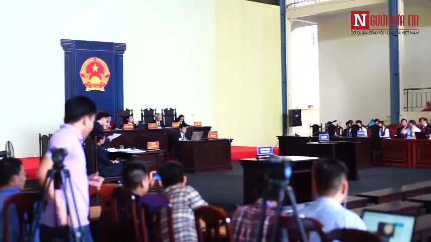 Bên trong phiên tòa xét xử cựu trung tướng Phan Văn Vĩnh